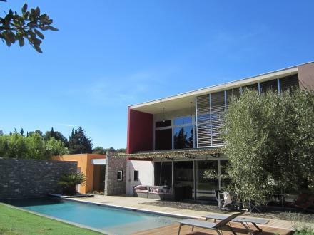 Maison de luxe à louer LA COURONNE CARRO, 200 m², 4 Chambres