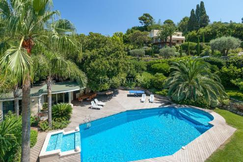 Propriété de luxe à vendre CANNES, 565 m², 9 Chambres
