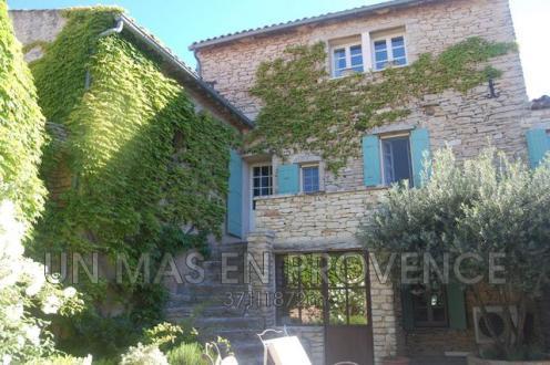 Villa de luxe à louer CABRIERES D'AVIGNON, 220 m², 3 Chambres