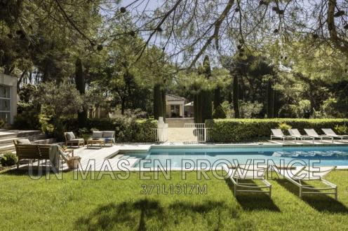 Luxury House for rent PERNES LES FONTAINES, 250 m², 4 Bedrooms,