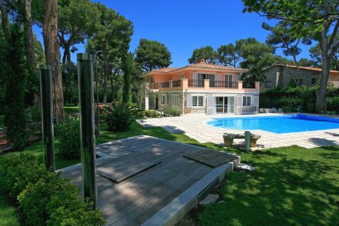 Luxury House for rent SAINT JEAN CAP FERRAT, 280 m², 4 Bedrooms,