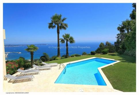 Luxury House for rent VALLAURIS, 240 m², 5 Bedrooms