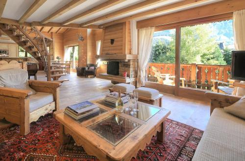 Luxury Apartment for rent MEGEVE, 200 m², 4 Bedrooms,
