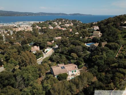 Villa de luxe à vendre CAVALAIRE SUR MER, 180 m², 5 Chambres, 1240000€