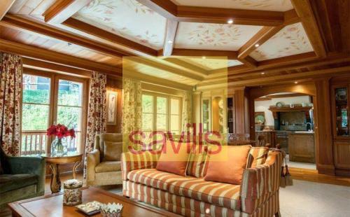 Maison de luxe à louer COURCHEVEL, 300 m², 5 Chambres