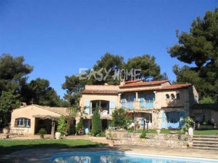 Дом класса люкс на продажу  Канны, 375 м², 4 Спальни, 3750000€