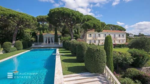 Casa di lusso in affito CANNES, 650 m², 7 Camere,