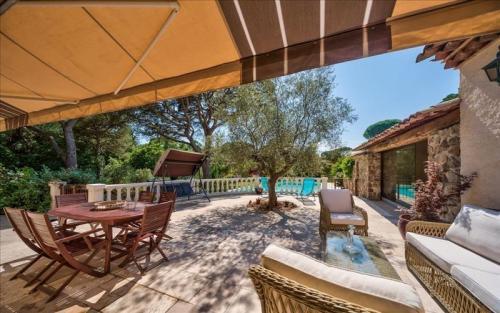 Luxus-Haus zu verkaufen SAINT RAPHAEL, 180 m², 4 Schlafzimmer