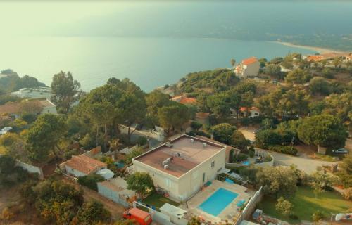 Luxus-Villa zu verkaufen PROPRIANO, 250 m², 4 Schlafzimmer