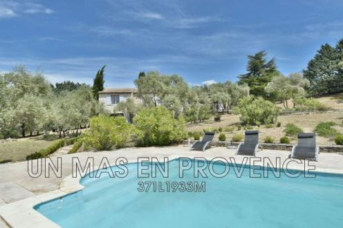 Luxury House for rent GORDES, 185 m², 4 Bedrooms,