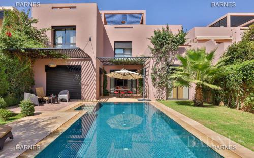 Maison de luxe à vendre MARRAKECH, 3 Chambres, 465000€