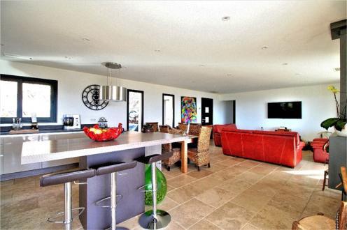 Maison de luxe à vendre BISINAO, 250 m², 7 Chambres