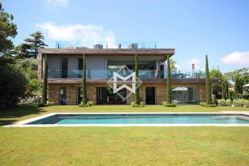 Luxus-Villa zu vermieten CAP D'ANTIBES, 330 m², 5 Schlafzimmer