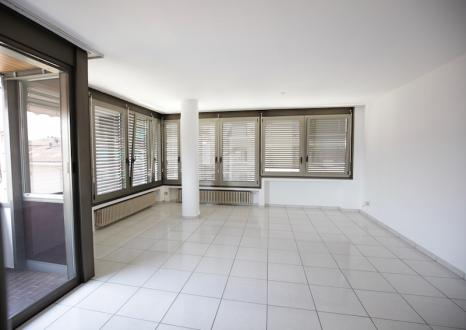 Квартира класса люкс в аренду Люгано, 120 м², 2 Спальни