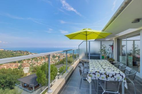 Appartement de luxe à vendre ROQUEBRUNE CAP MARTIN, 76 m², 3 Chambres