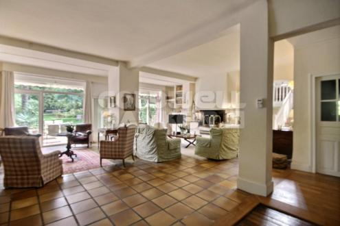 Casa di lusso in vendita BIARRITZ, 460 m²