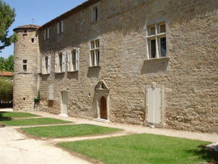 Luxus-Schloss / Herrenhaus zu verkaufen GIGNAC, 656 m², 6 Schlafzimmer, 1470000€