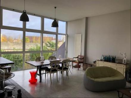 Дом класса люкс на продажу  Бордо, 155 м², 4 Спальни, 850000€