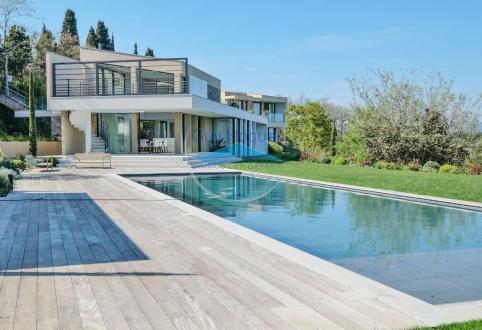 Villa de luxe à vendre SAINT TROPEZ, 550 m², 5 Chambres, 13800000€