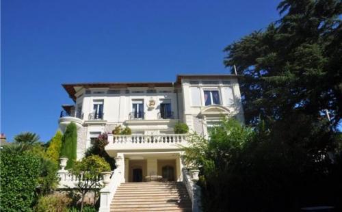 Maison de luxe à louer CANNES, 350 m², 7 Chambres