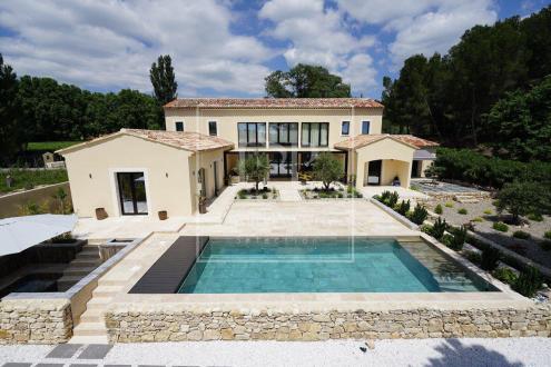 Maison de luxe à louer PARADOU, 320 m², 4 Chambres