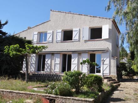 Luxury Villa for sale BANDOL, 210 m², 4 Bedrooms, €833000