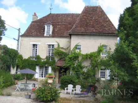 Luxury House for sale VEZELAY, 250 m², 4 Bedrooms, € 912 000