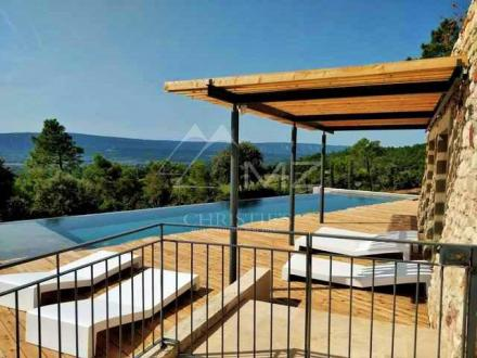 Casa di lusso in affito ROUSSILLON, 550 m², 7 Camere,