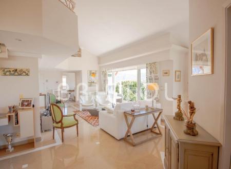 Appartamento di lusso in vendita SAINT JEAN CAP FERRAT, 97 m², 2 Camere, 1390000€
