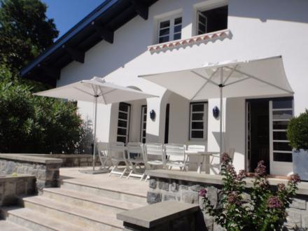 Maison de luxe à louer BIARRITZ, 300 m², 6 Chambres