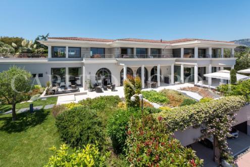 Luxury House for rent SAINT JEAN CAP FERRAT, 2000 m², 8 Bedrooms,