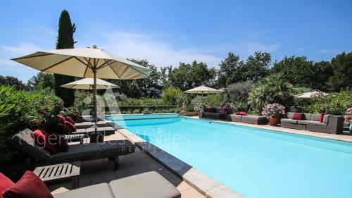 Maison de luxe à vendre SAINT REMY DE PROVENCE, 700 m², 10 Chambres, 1995000€