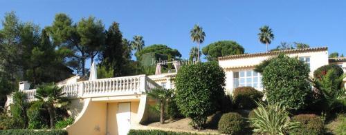Luxus-Haus zu vermieten VALLAURIS, 250 m², 4 Schlafzimmer