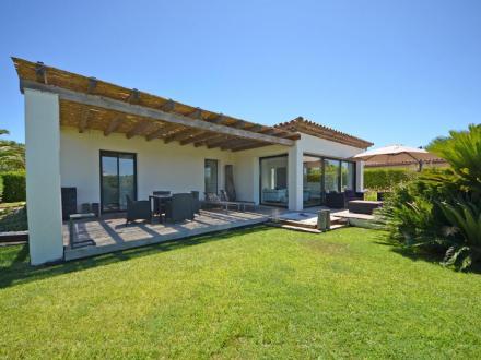 Villa de luxe à louer SAINT TROPEZ, 160 m², 4 Chambres