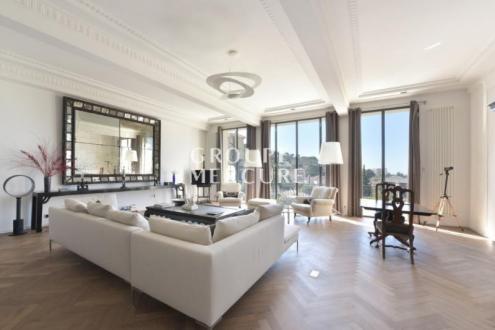 Maison de luxe à vendre LE CANNET, 295 m², 3 Chambres