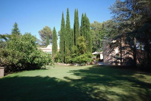 Luxury Property for sale AIX EN PROVENCE, 350 m², 4 Bedrooms, € 1 990 000