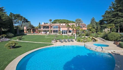 Maison de luxe à vendre NICE, 500 m², 5 Chambres