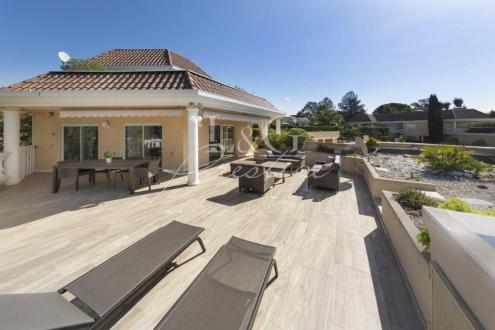 Luxury Apartment for sale MANDELIEU LA NAPOULE, 149 m², 3 Bedrooms