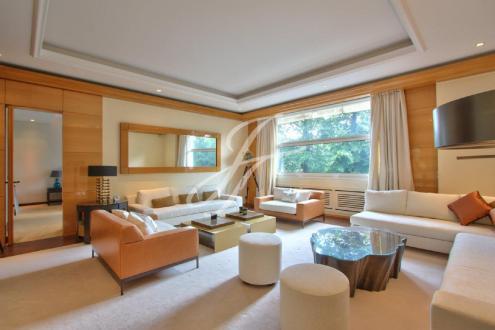 Квартира класса люкс в аренду Париж 16ый, 306 м², 5 Спальни