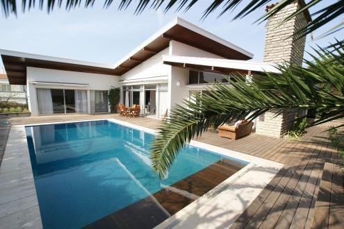 Luxury House for rent BIARRITZ, 240 m², 3 Bedrooms,