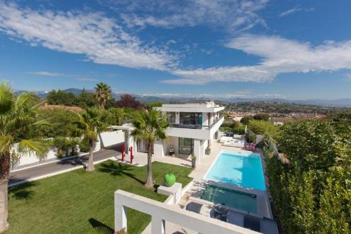 Maison de luxe à louer BIOT, 300 m²,