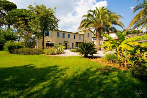Luxury House for rent MONTPELLIER, 600 m², 6 Bedrooms,
