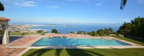 Luxus-Haus zu vermieten VALLAURIS, 275 m², 4 Schlafzimmer