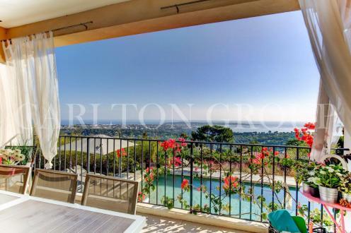 Villa di lusso in vendita VALLAURIS, 380 m², 4 Camere, 3450000€