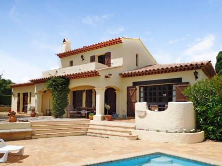 Luxus-Villa zu verkaufen SAINTE MAXIME, 180 m², 4 Schlafzimmer, 1100000€