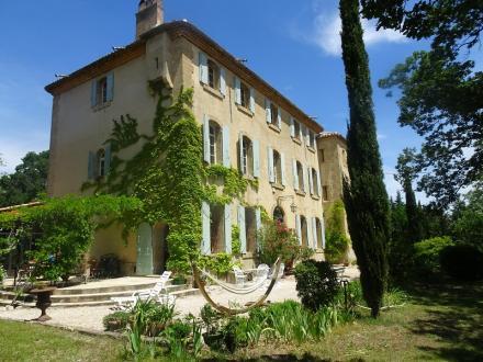 Дом класса люкс на продажу  Экс-Ан-Прованс, 450 м², 9 Спальни