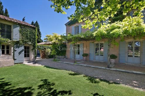 Casa di lusso in affito MOURIES, 800 m², 9 Camere,