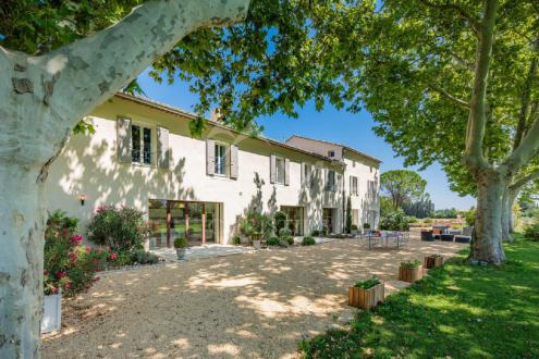 Maison de luxe à vendre SAINT REMY DE PROVENCE, 680 m², 6 Chambres, 2890000€