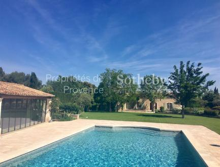 Luxury House for sale EYGALIERES, 350 m², 5 Bedrooms, € 2 900 000