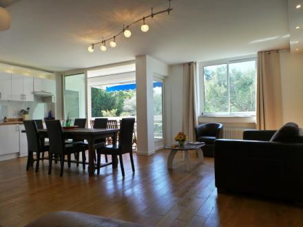 Квартира класса люкс в аренду Канны, 105 м², 3 Спальни